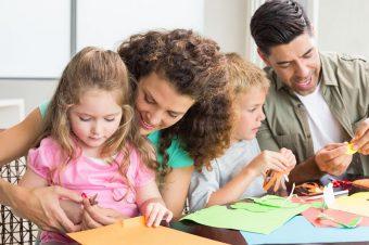 «Κάνε ό,τι κάνω»: Τα παιδιά μαθαίνουν αυτό που ζουν